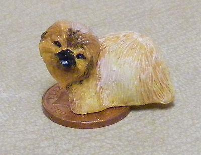 1:12 Scala Resina Marrone Cane Tumdee Miniatura Casa Bambole Accessori Animali Z Ricco Di Splendore Poetico E Pittorico