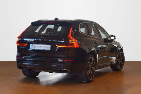 Volvo XC60 2,0 T8 407 R-Design aut. AWD - billede 2