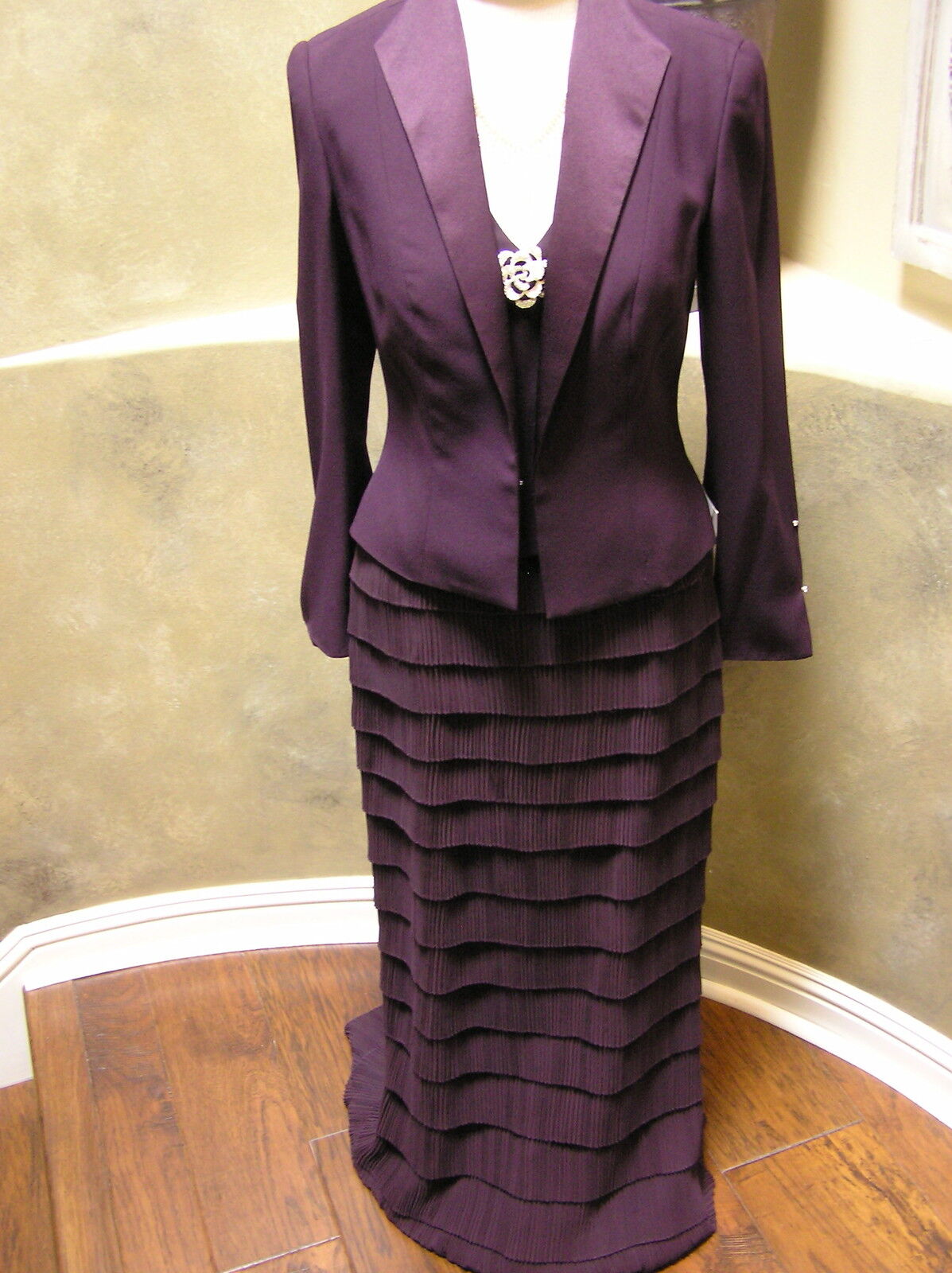 NWT 2053 Daymor Mother of bride MOB Mothers formal occasion dress Aubergine 4