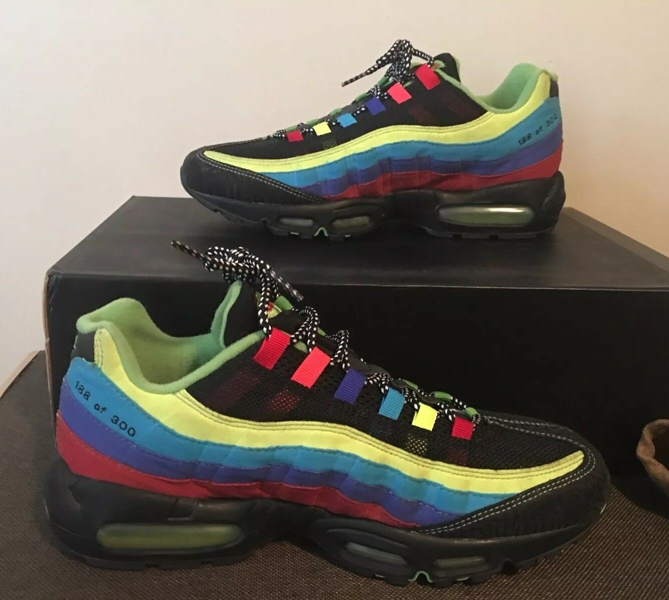 Deadstock Nike Sole Collector Air Max 95 11. Only 300 Pairs