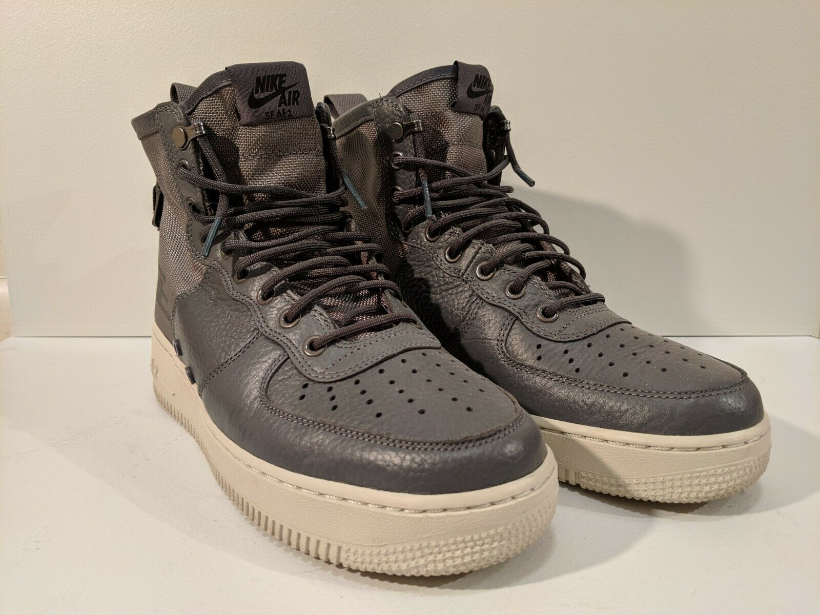 Nike SF AF1 Size 8.5 Grey Men's Mid Special Field Air Force 1 off white midsole