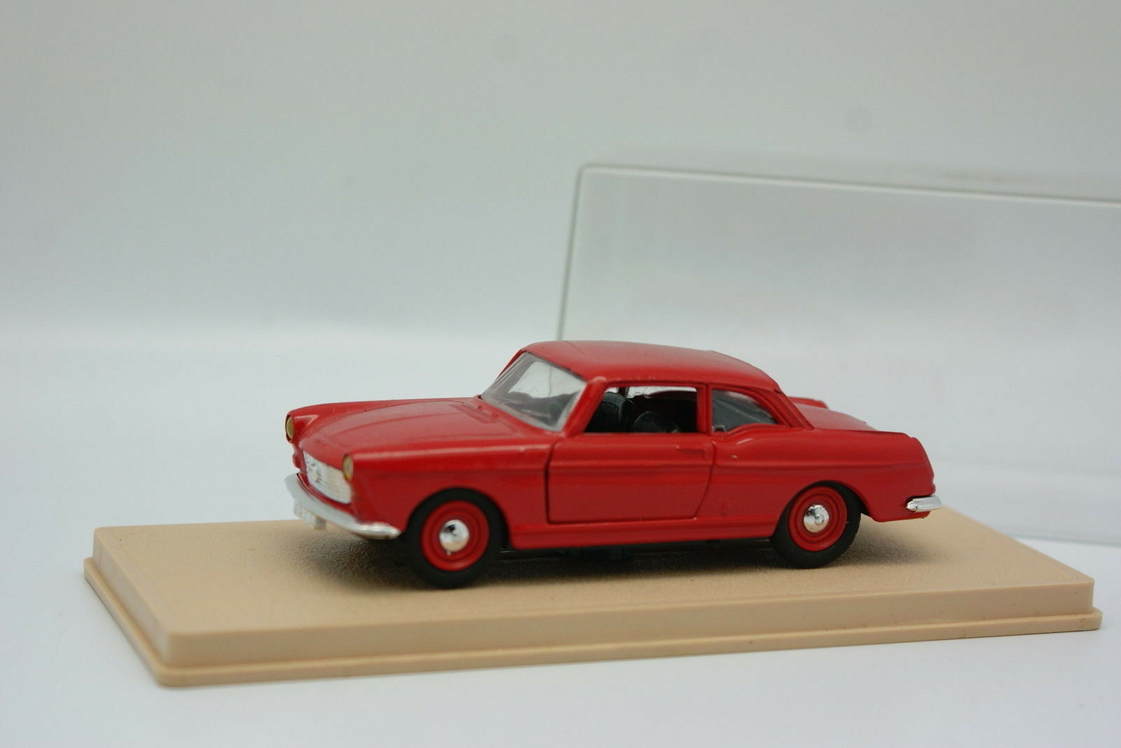 Eligor 1 43 43 43 - Peugeot 404 Coupé red 26f076