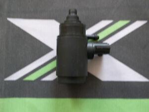 MGF-MG-F-Windscreen-Washer-Bottle-Pump-New-DMC100380-mgmanialtd-com