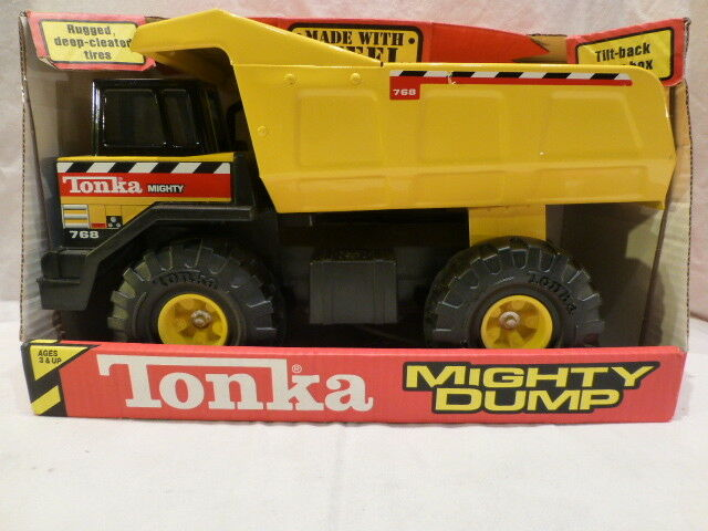 Classic TONKA Mighty camion benne made with Steel NEW IN BOX   768