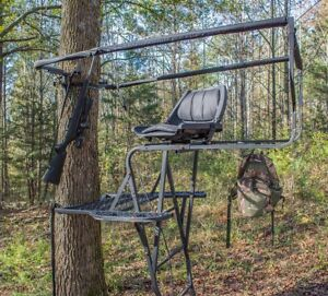 New Skunk Ape Innovative 360 Degree View Ladder Stand For