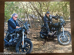 Sons-of-Anarchy-Charlie-Hunnam-Autographed-Signed-11x14-Photo-COA