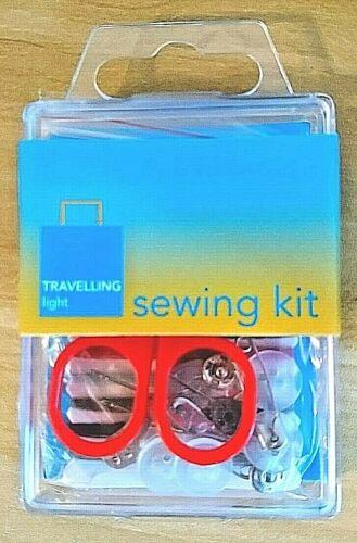 Luz de viaje pequeño portátil Kit de Costura//Tijeras//Botones//Pines//Hilo//Agujas