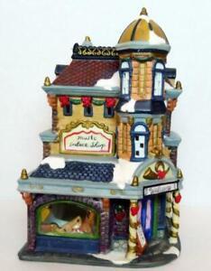 Music-School-Palace-Shop-Victorian-Train-Christmas-Village-Grandeur-Noel-2001