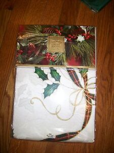 "$100 Lenox Christmas Holiday Nouveau Tablecloth Oblong 60"" x104"""