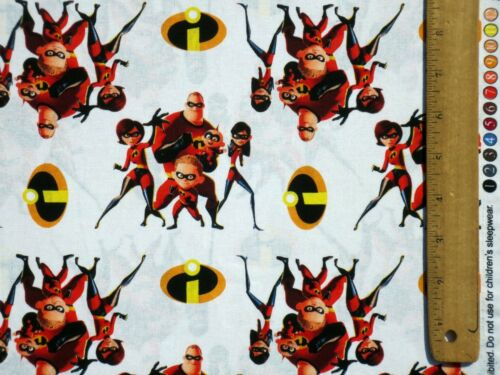 """DISNEY INCREDIBLES 2 ACTION COTTON FABRIC FAMILY OF SUPERHEROES 7/"""" REMNANT SCRAP"""