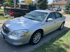2009 Buick Lucerne off white