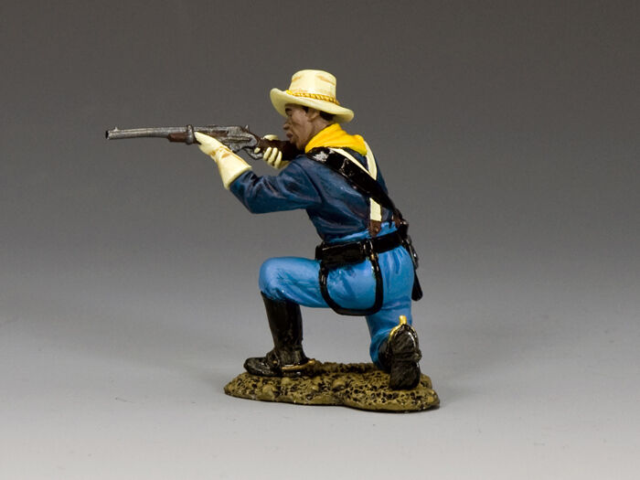 King and Country Kneeling Trooper TRW118