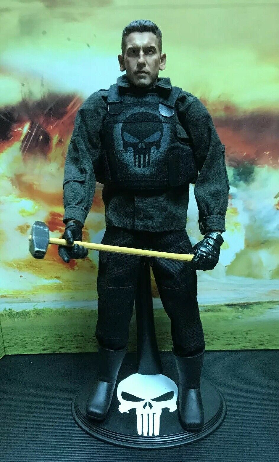 The Punisher, Jon Bernthal, 1 6 Scale Action Figure