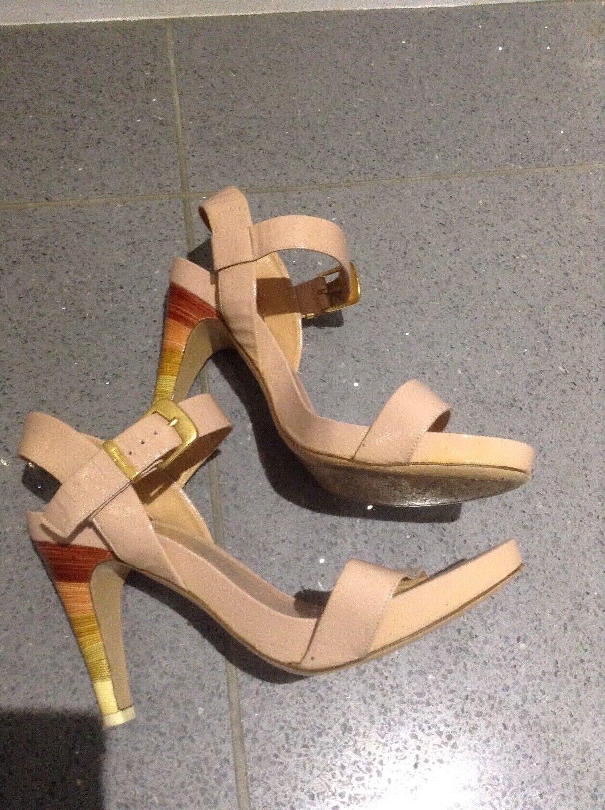 Ferragamo women's women's women's platform pat lea heels fab hardly worn paid  sz 7 1 2  eur b80ea3