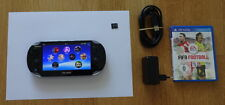 Sony PS Vita - Playstation PSV 1004 Wifi Wlan + 4GB + Spiel: Fifa Football