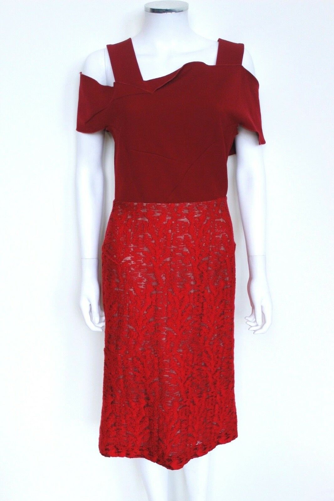 ROLAND MOURET Off Shoulder Red lace Dress