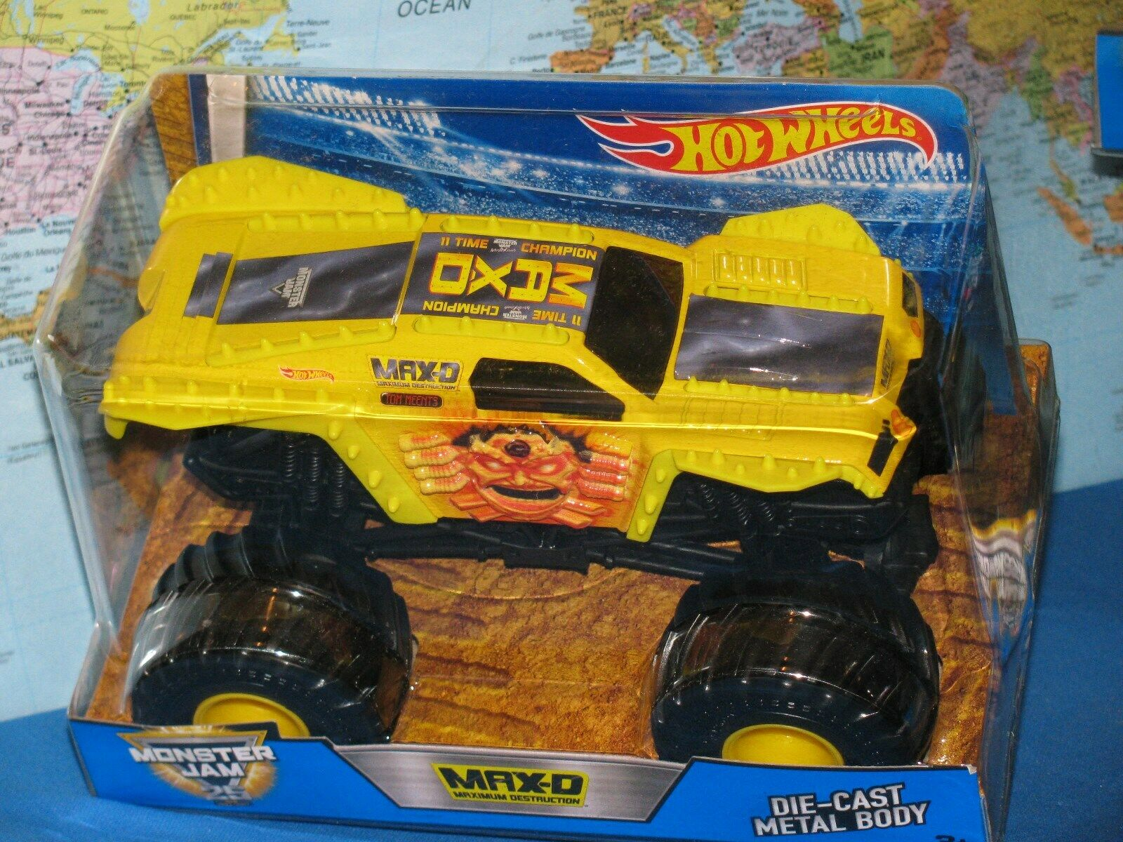 1 24 Hot Wheels Confiture de Monstre Max-D Maximum Destruction 25 Ans