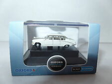 Oxford NDS001 DS001 N Gauge 1/148 Daimler DS420 Old English White Limousine Limo