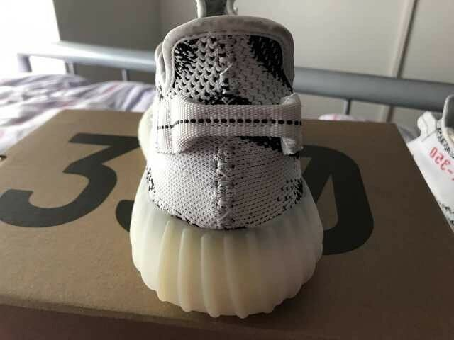 ADIDAS YEEZY BOOST BOOST BOOST 350 V2  ZEBRA CP9654 Black white 100% AUTHENTIC PRE-OWNED 9.5 606dd4
