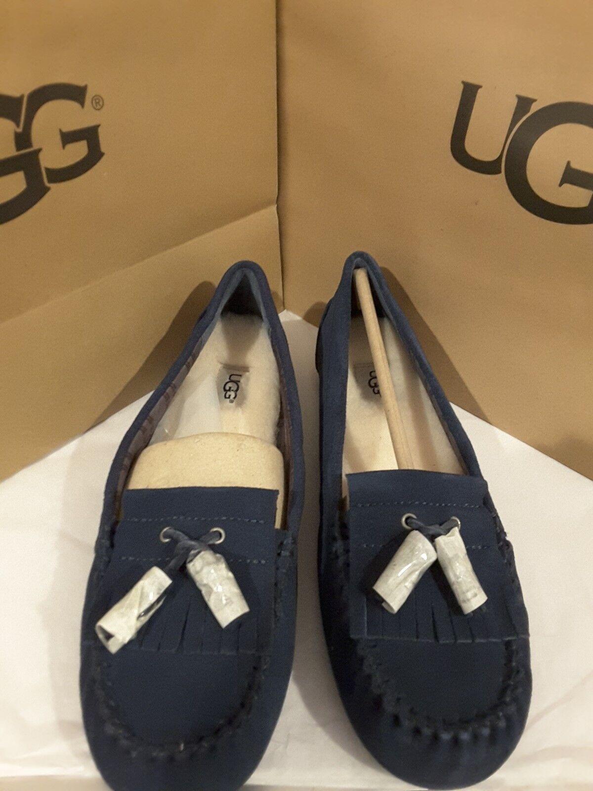 adbf85eba27 NWT UGG Women's Lizzy navy blue SHEEPSKIN MOCCASIN SLIPPERS women's ...