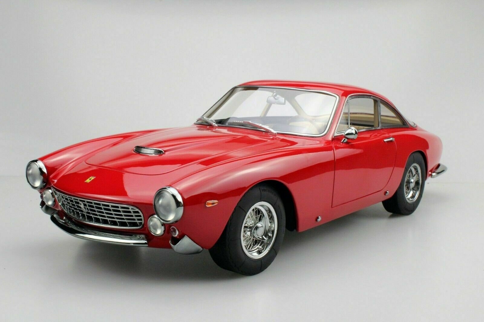 1 12 top marques tm12-12a ferrari 250 GT Lusso - 1962 rojo Limited EDT. 500 PCs.