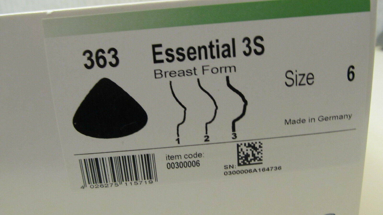 Amoena  Breast Form 363 Essential 3S  Size 6  New in original box comfort nwt