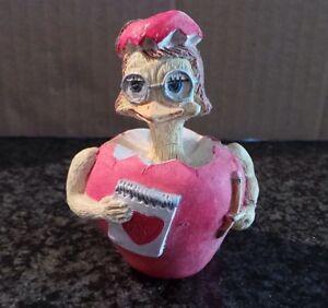 Vintage-Collectible-Eggbert-by-M-Bowmer-Ornament-Figurine-Roman-Chic-Romantic