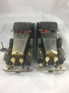 (Lot Of 2) Radio Shack 1931 Rolls Royce Phantom II Replica & AM Radio Untested