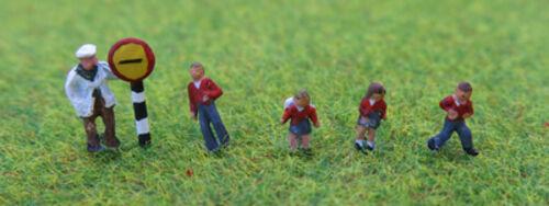 N gauge Painted School children and crossing patrol P/&D Marsh PDX57 F1
