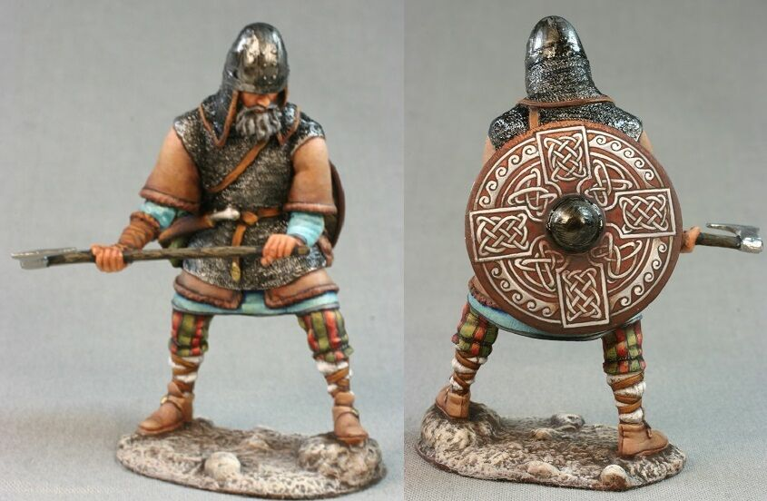 Tin toy soldiers ELITE painted 54 mm Viking with an ax