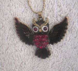 Necklace-Owl-enamel-facet-glass-rhinestone-pendant-flying-red