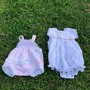 VTG-BABY-Lot-Of-2-Vintage-Romper-One-Piece-Overall-Spring-Smocked-Lace-Trim-0-3m