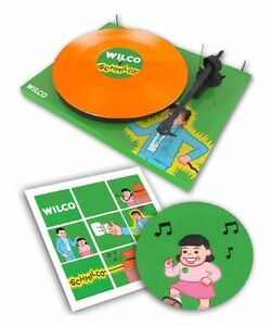 Wilco-Pro-ject-Limited-Schmilco-Debut-Carbon-DC-Turntable-Orange-LP-slipmat