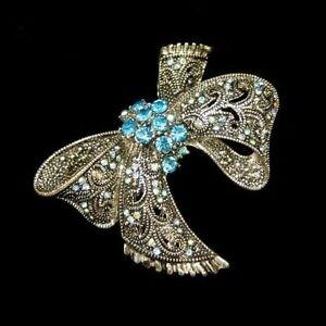 Vintage-Large-Blue-AB-Rhinestone-Bow-Brooch-Pin-Filigree-Detailed-Beautiful