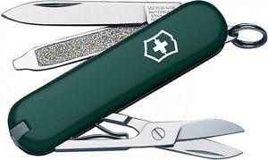 New Swiss Army 53024 Hun Green Classic Victorinox Knife