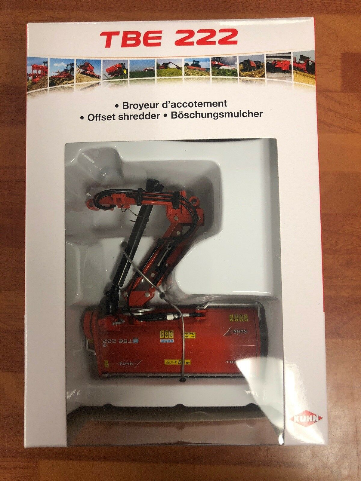 Kuhn TBE 222 Offset Shredder In DEALER BOX Replicagri Model Scale 1 32 Toy CG