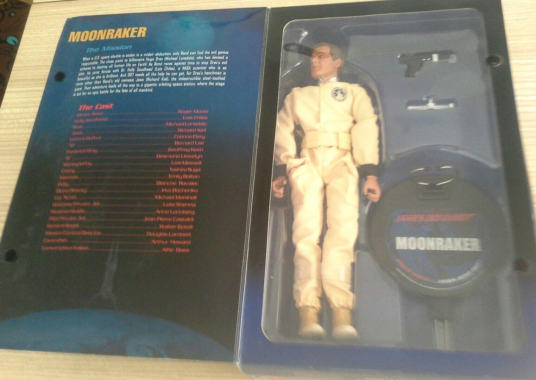 2005 unused in box Sideshow James Bond Sir Roger Moore 12  figure Moonraker
