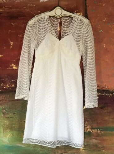 Phoebe Couture White Cream Long Sleeve Lace Mini D