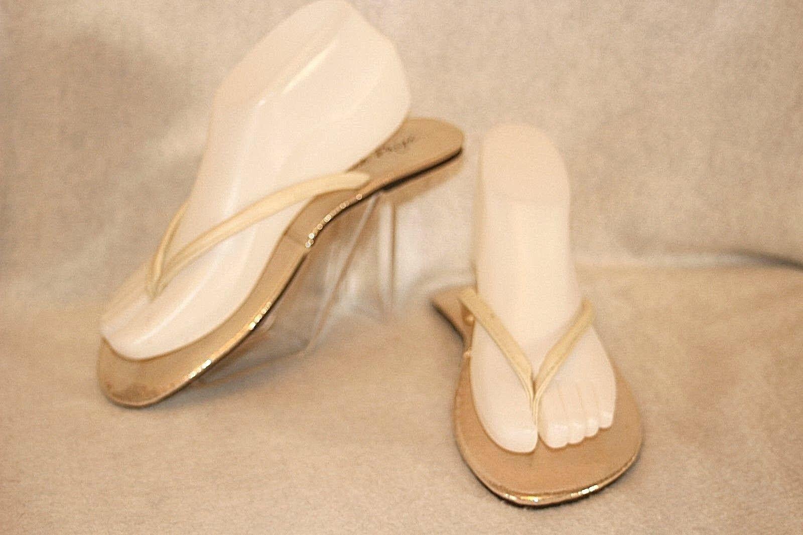 CHARLIE PAIGE ~ Silver/Gold/Chalk White M Foldable Flip Flops Sz M White * EXCELLENT+++ 9ba910