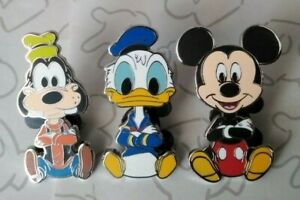 Big-Head-Art-Booster-Mickey-Mouse-and-Friends-Set-Choose-a-Disney-Pin