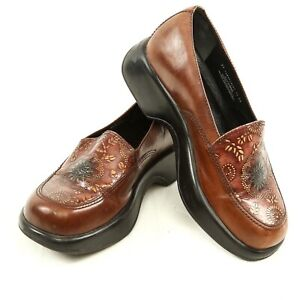 Dansko-Mandolin-Brown-Leather-Embossed-Floral-Loafers-Clogs-Women-37-US-6-5-to-7