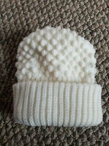 Vintage ENGLISH VILLAGE Popcorn Bubble Knit Beanie Foldover Brim Hat Cap Ivory