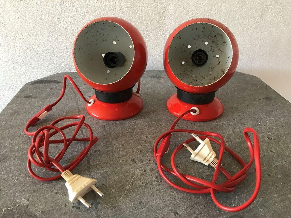 Sengelampe, 2 stk. røde kuglelamper (retro)
