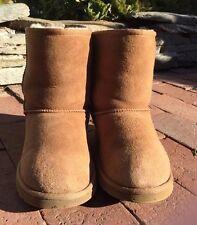 $140 Ugg Australia Classic Short Chestnut Winter Boots BIG KIDS size 6 SNOW MARK