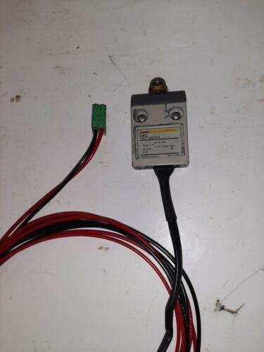 Anilam Omron DAC 9053 Limit Switch