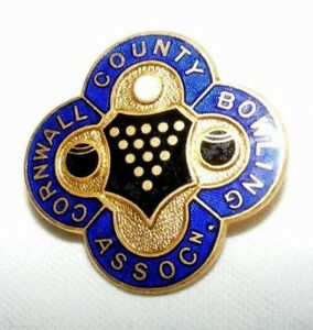 VINTAGE-ENAMEL-CORNWALL-COUNTY-BOWLING-ASSOCIATION-BROOCH-BADGE-PIN