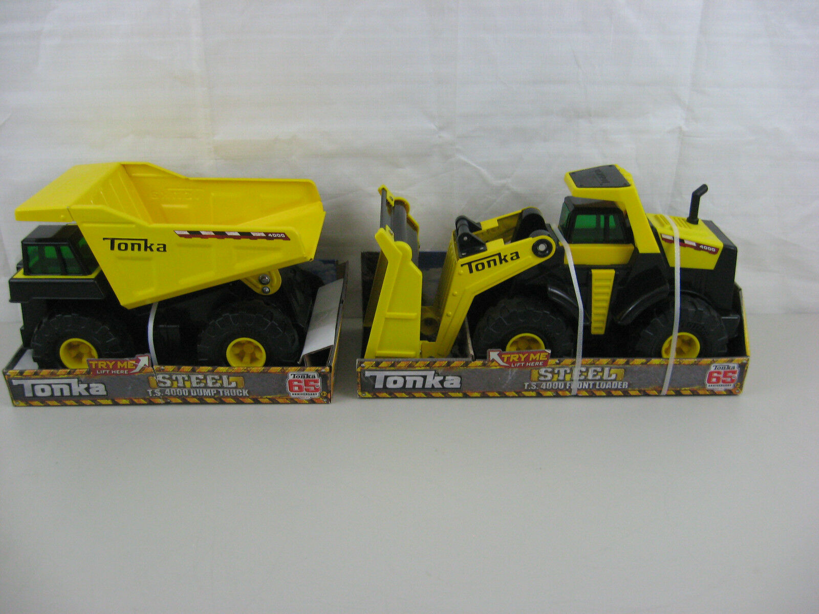 Lot de 2 Tonka Steel Toy Soldier 4000 Chargeur Frontal & TONKA Toy Soldier 4000 CAMION BENNE-NEUF