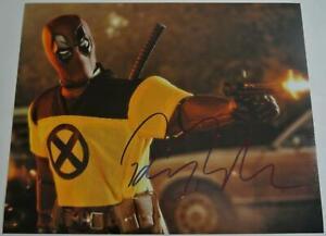 RYAN-REYNOLDS-Hand-Signed-Autographed-8x10-Movie-Photograph-Autograph-DEADPOOL