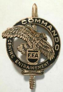 Centre-Entrainement-Commando-F-F-A-dos-guilloche-G-2089-a-gauche