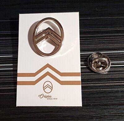 MAN Pin Logo silbern Maße 18x18mm